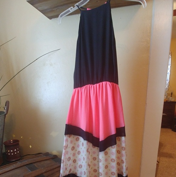 royal t Dresses & Skirts - Bright Pink amd Black Dress